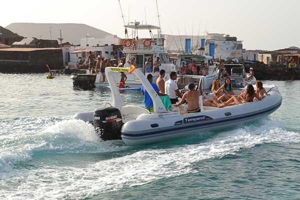 water taxi lobos island